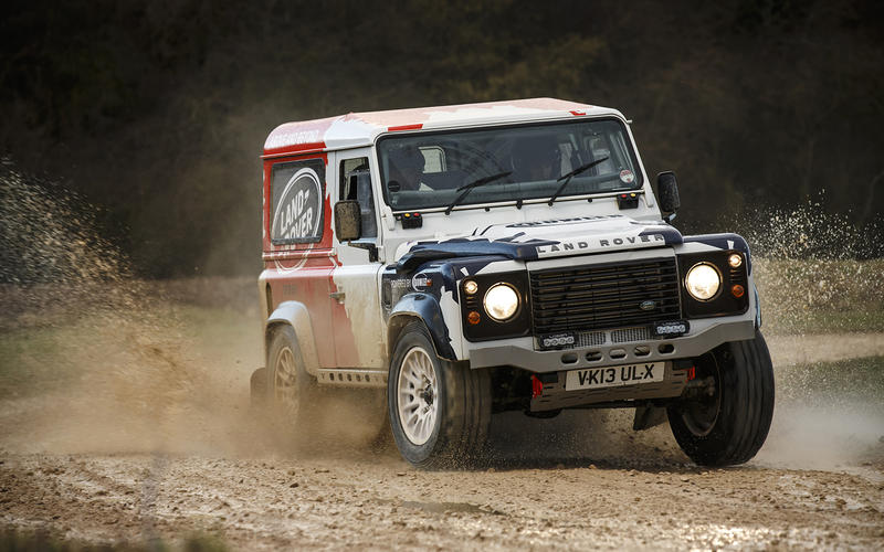 Land Rover Defender – 2014